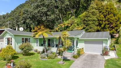 42 West End Road, Ohope