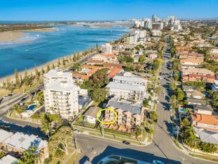 AFFORDABLE LIVING CLOSE TO THE BROADWATER - Biggera Waters