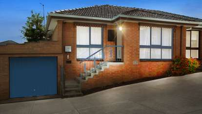 2/54 St Vigeons Road, Reservoir