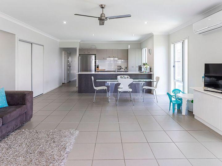 11 Bellbird Crescent, Coomera, QLD