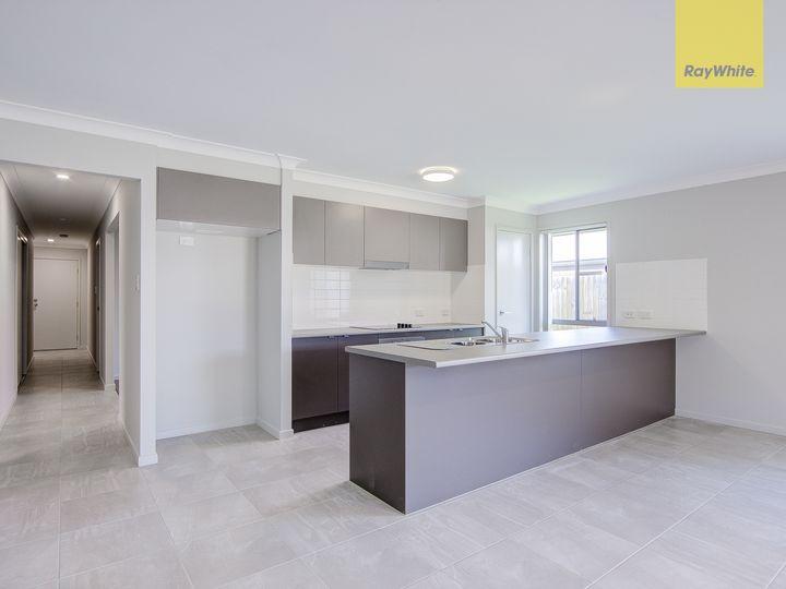 30 McGoldrick Street, Flagstone, QLD