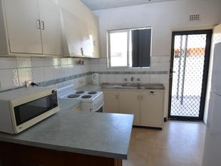 Fully Furnished in Good Location - Carnarvon