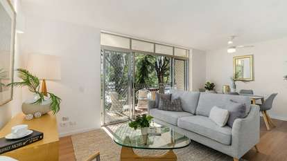 3/138 Clarence Road, Indooroopilly