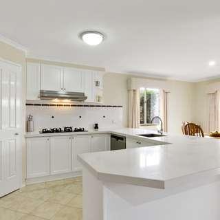 44 hopetoun road werribee vic 3030 sold house ray. Black Bedroom Furniture Sets. Home Design Ideas