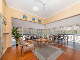 Amazing Queenslander - Secluded and Sprawling! - Rosslea